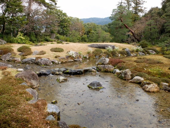 Higashiyama, wide stream. Frustratingly non-representative photos!