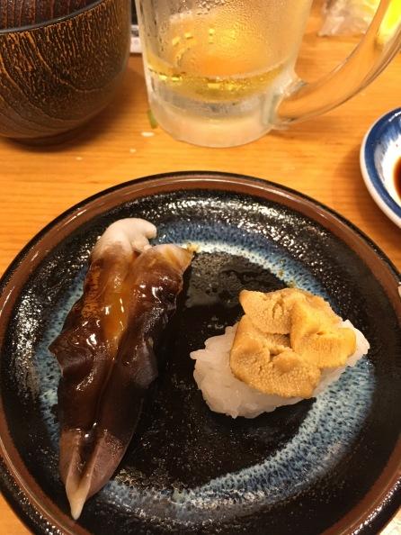 L: Razor clam, R: sea urchin